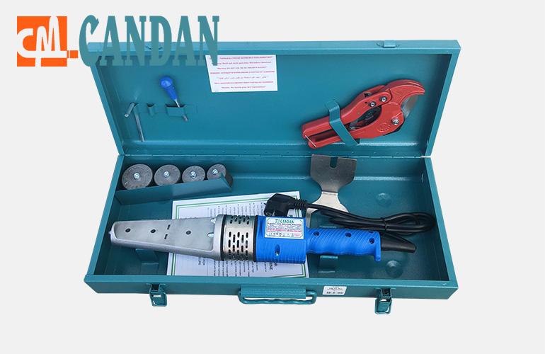 """Сварочный аппарат """"Candan CM-02"""" в коплекте с насадками, ножницами, рулеткой в стальном компактном ящике."""